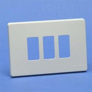 Bticino 503/3/R Magic Ivoor Afdekplaat 3 module