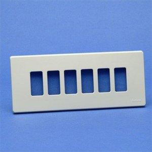 Bticino 506L/6/R magic ivoor Afdekplaat 6 modules