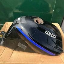 Yamaha TDM 850 Benzinetank tankpad, netjes! 1992 zwart glans