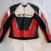 Revit sportjack rood/wit/zwart mt 50