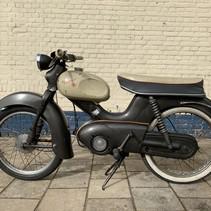 VERKOCHT Kreidler Florett Ei-tank 1960 met NL kenteken