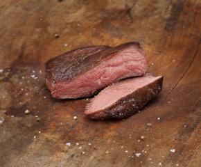 Struisvogel steak met groene peper