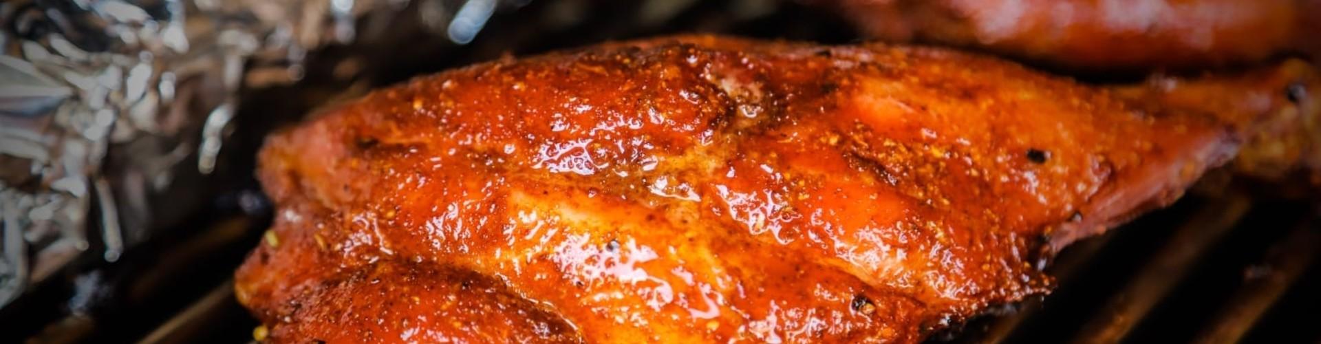 Pig wings op de barbecue