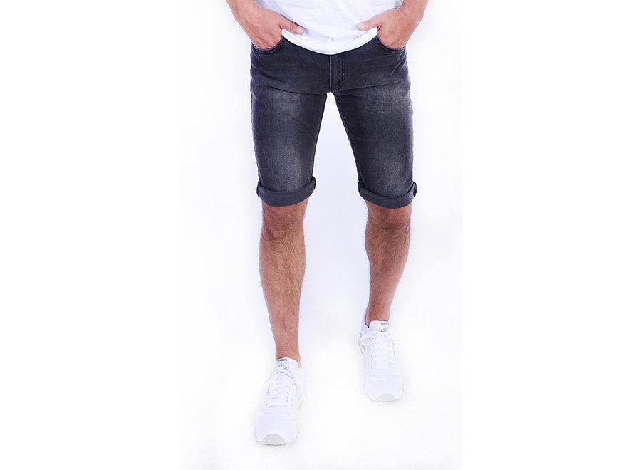 Tapered-Fit Shorts aus Stretch-Denim 103
