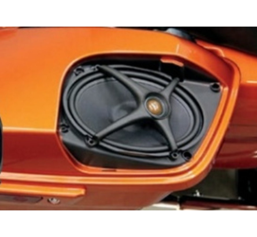 audio Rokker luidsprekersets Past op:> Boom zadeltasdeksels op 14-17 FLHT / FLHX / FLTR