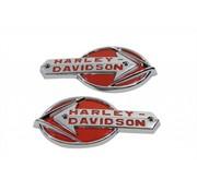 Harley Davidson Set mit weißen Emblemen mit rotem Schriftzug