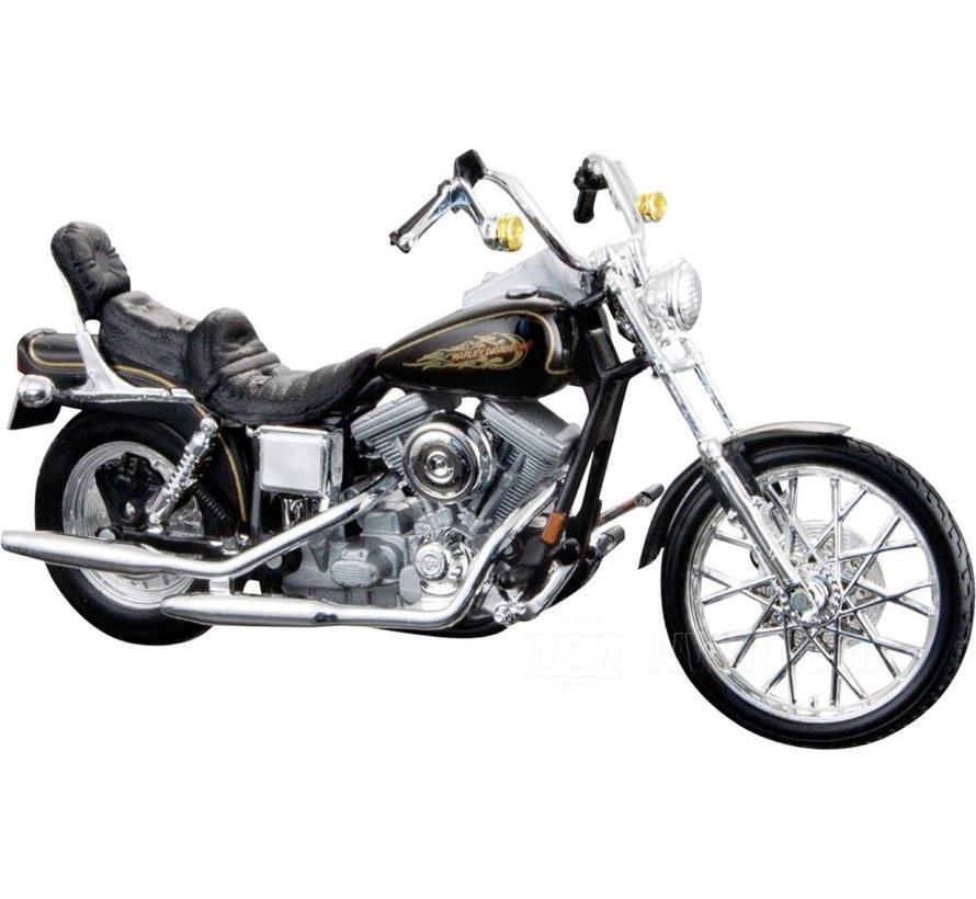 Harley Davidson Model FXDWG Dyna Wide Glide 1:18