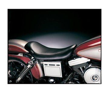 Le Pera seat solo Silhouette Smooth  Fits: > 96-03 Dyna