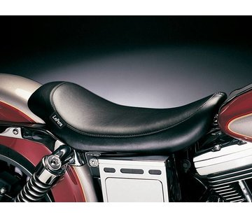 Le Pera seat solo Silhouette Smooth  Fits: > 96-03 Dyna FXDWG