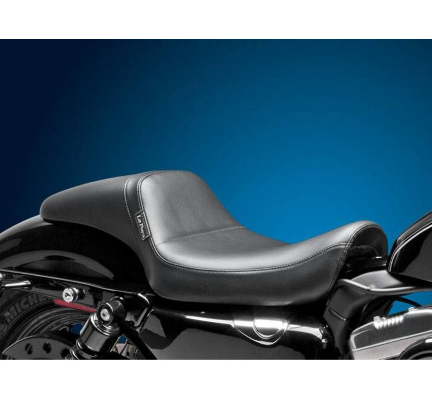 Harley Davidson seat   Daytona Daddy Long leg Smooth 04-06 and 10-14 Sportster XL with 4.5 Gallon Gas Tank for