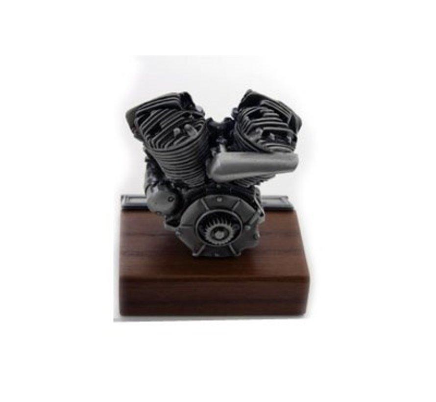 Accessoires Motormodel met platte kop op houten voet