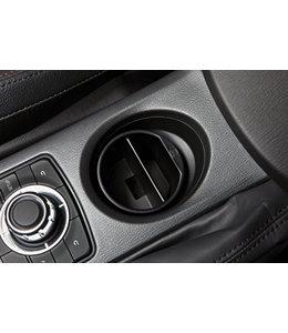 Mazda   Getränkehaltereinsatz