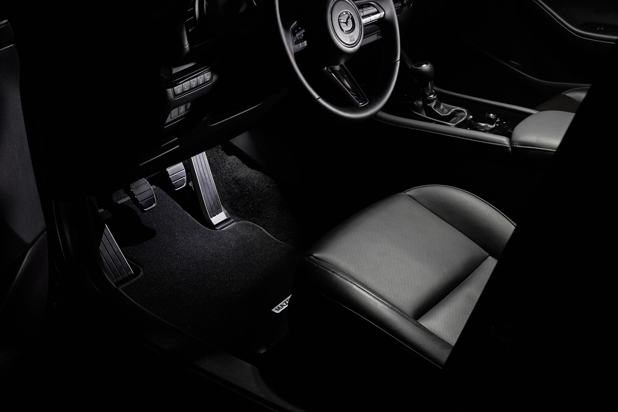 Begrüßungsbeleuchtung Weisse LED Beleuchtung Mazda 6
