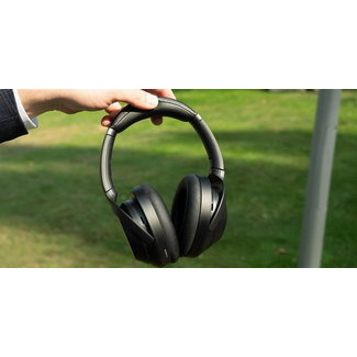 Sony WH1000XM3B Wireless Noise Cancelling Headphones