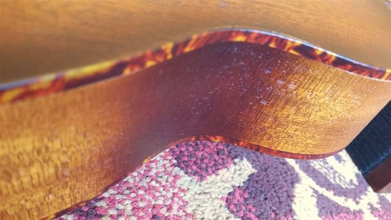 Leho  Leho Reso Ukulele C-MM-RSVS Vintage Sunburst