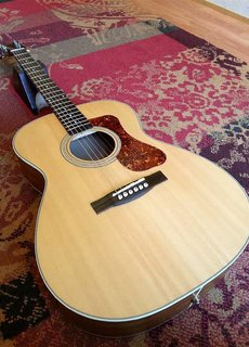 Guild Guild Westerly OM-240E Arched Back