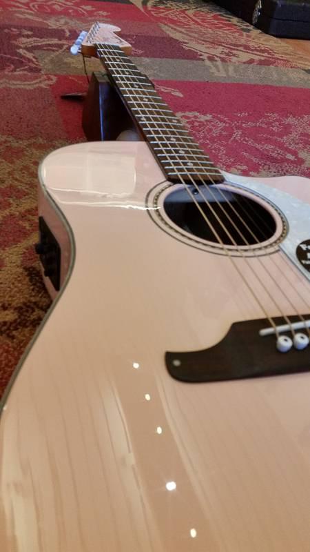 Fender Fender Sonoran SCE Shell Pink w/Fishman pickup