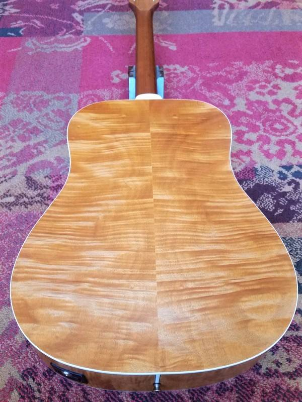 Guild Guild D-240E Flamed Mahogany Limited Edition