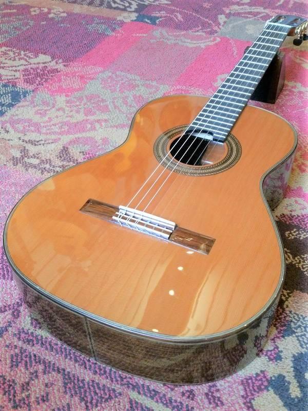 Martinez Martinez MCG-150 C Cedar/Rosewood