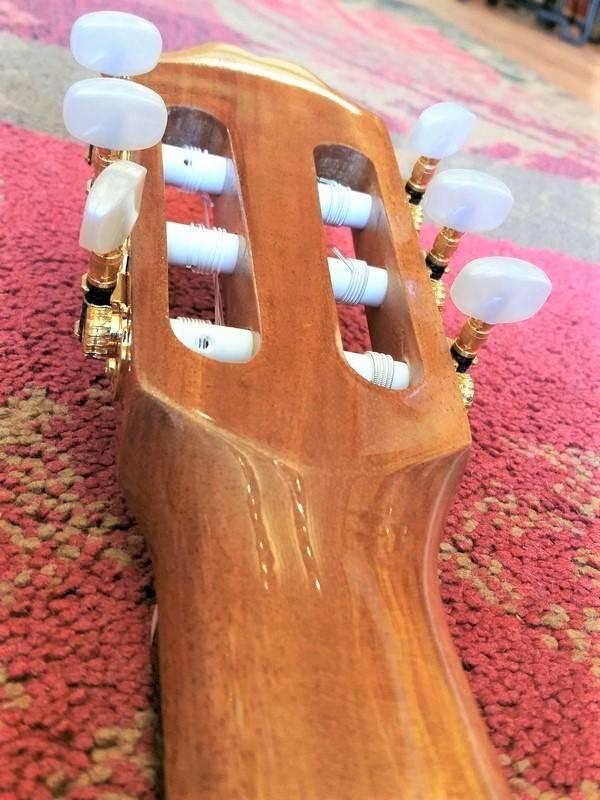 Juan Salvador Juan Salvador 6C Cedar/Mahogany