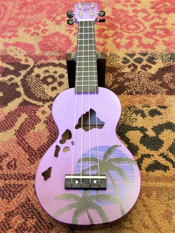 Mahalo Mahalo Soprano Ukulele Islands Purple Burst
