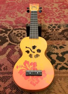 Mahalo Mahalo Soprano Ukulele Flowers Orange Burst