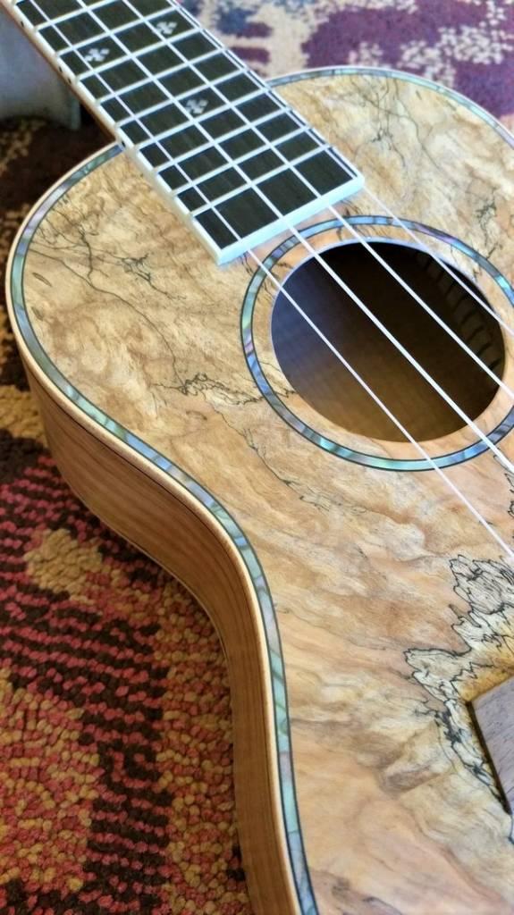 Kauai Kauai Concerto Ukulele Spalted Maple