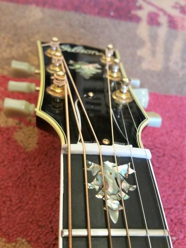 Gibson 1992 Gibson J-2000
