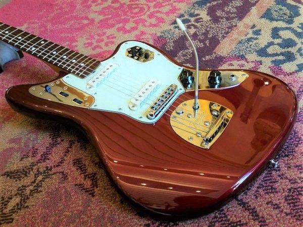 Fender 2010 Fender Classic Series Jaguar Candy Apple Red