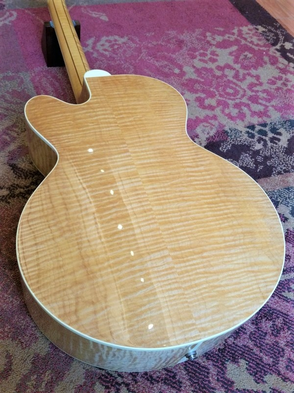 Gibson 2002 Gibson J-185 EC Blues King in Natural