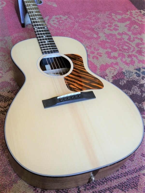 Eastman Eastman E100SS-LTD Limited Edition