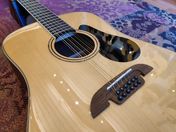 Alvarez Alvarez AD60-12 12-string Dreadnought