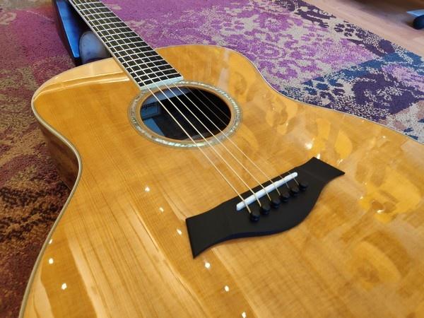 Taylor 2006 Taylor Hawaiian Koa