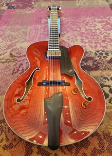 Eastman Eastman AR503CE Cherry Red