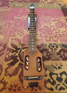 Traveler Guitar Traveler Guitar Ultra-Light Acoustic (Antique Brown)