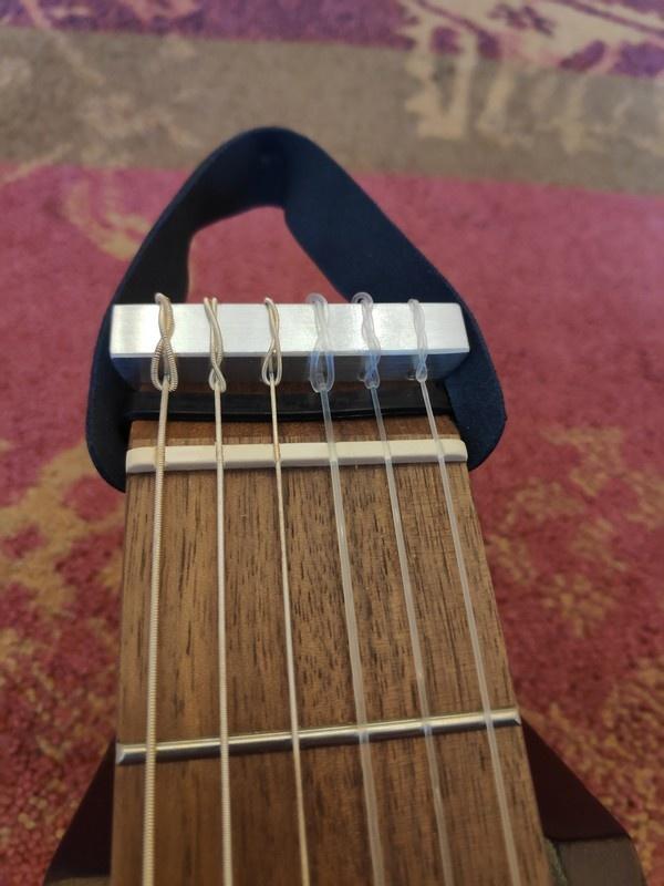 Traveler Guitar Traveler Guitar Ultra-Light Nylon Classical (Mahogany)