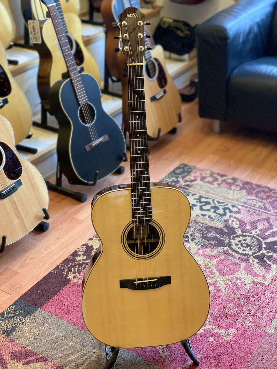 Stevens Custom Guitars Stevens OM-Pv Vintage (Custom Order)