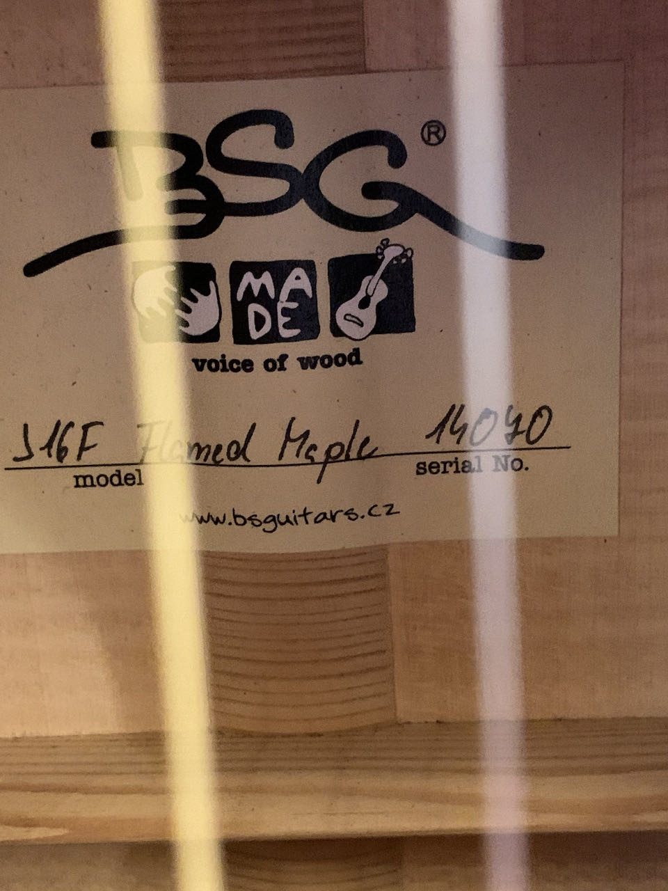BSG BSG J16 F Flamed Maple (Custom Order)
