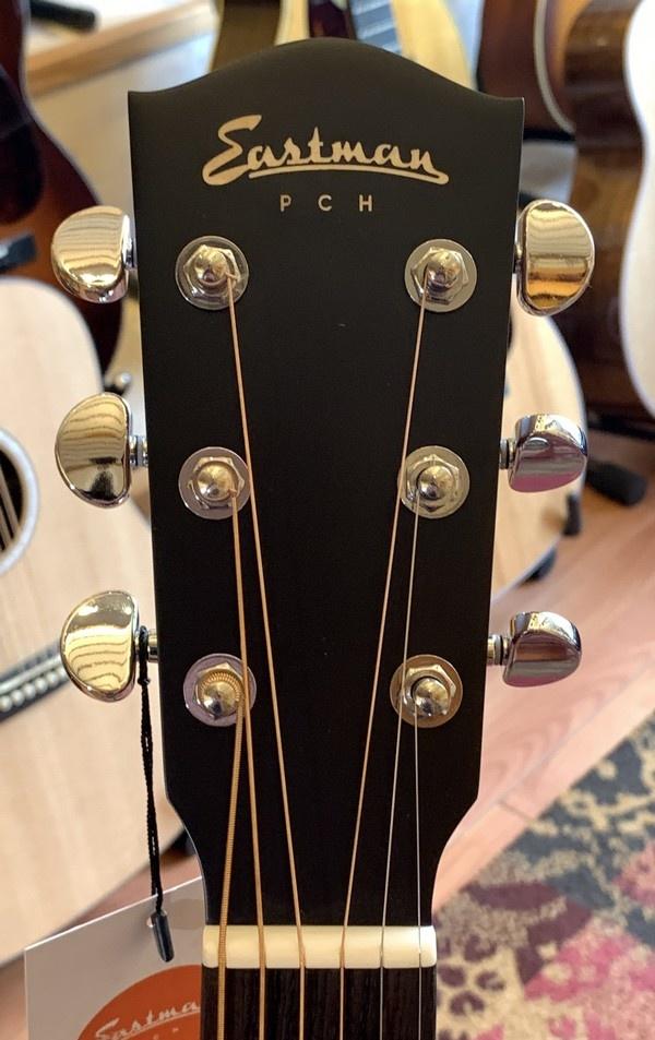 Eastman Eastman PCH1-OM Orchestra Model w/gigbag