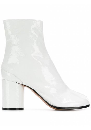 MAISON MARGIELA tabi boots white patent leather