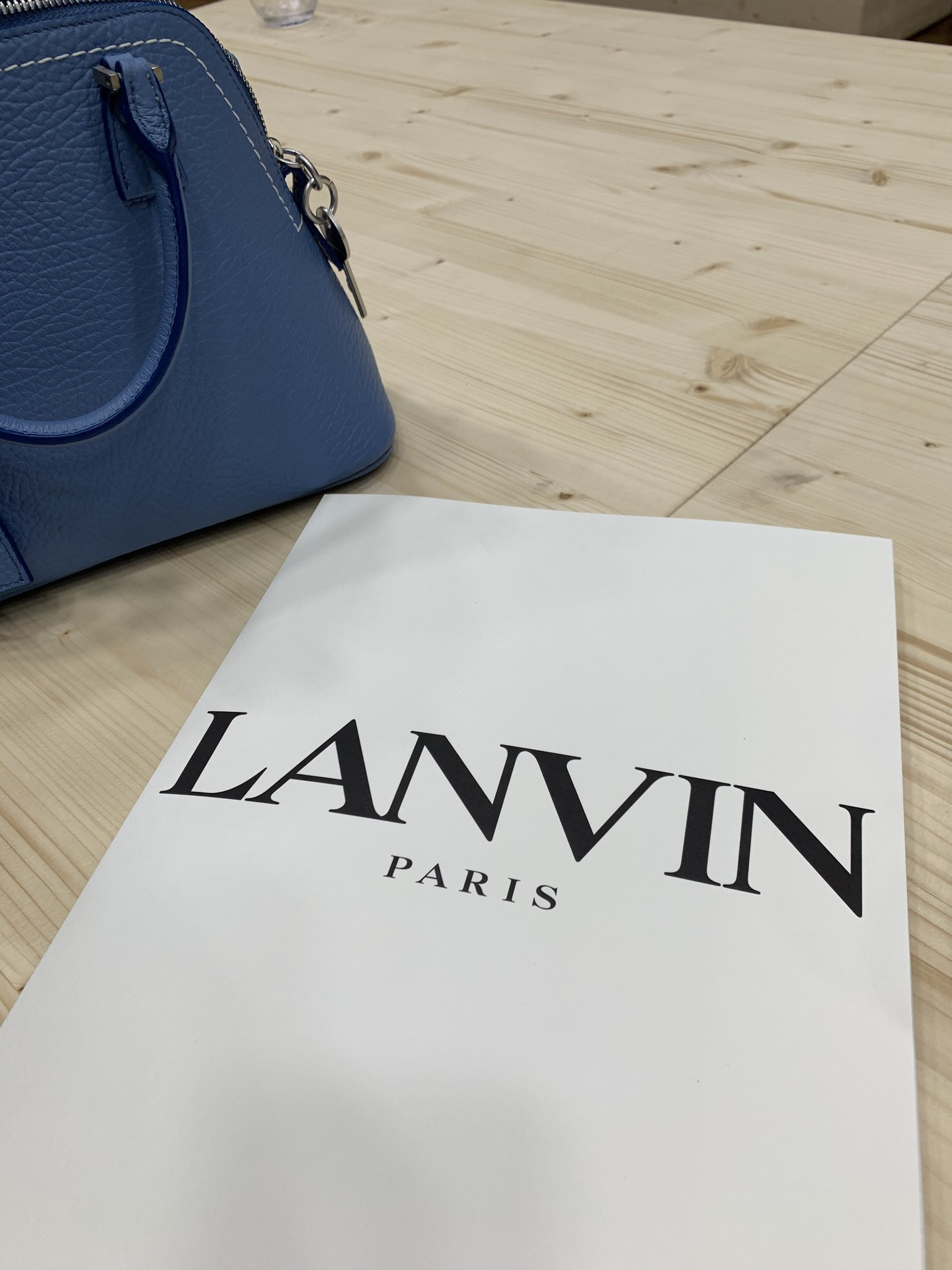 LANVIN - AN UTOPIAN RESORT