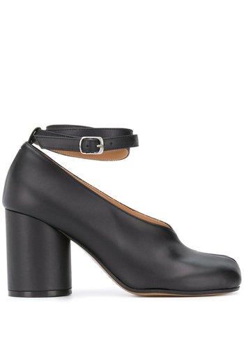 MAISON MARGIELA tabi ankle strap pumps black