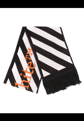 OFF-WHITE tm scarf black white