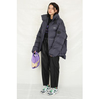 GRAPHIC PUFFER CHARCOAL