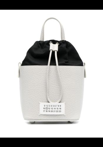 MAISON MARGIELA 5ac bucket bag creme/black