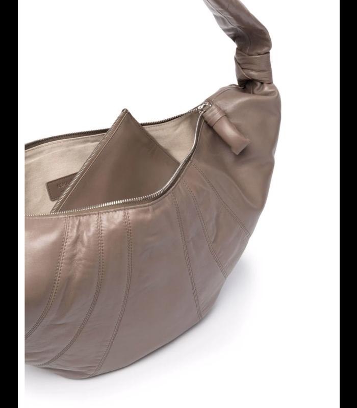LARGE CROISSANT BAG CONCRETE GREY