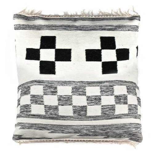 Pillow wool pattern