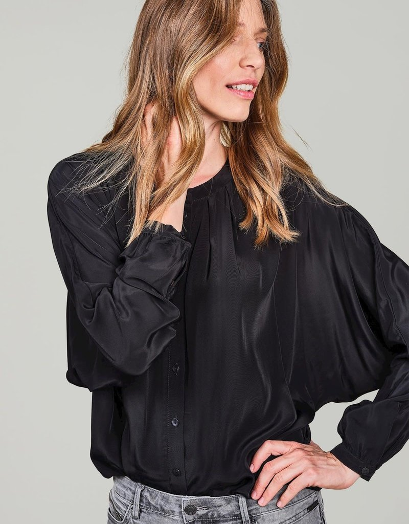 Summum Woman Blouse bat sleeves black 2s2618-11508 Summum