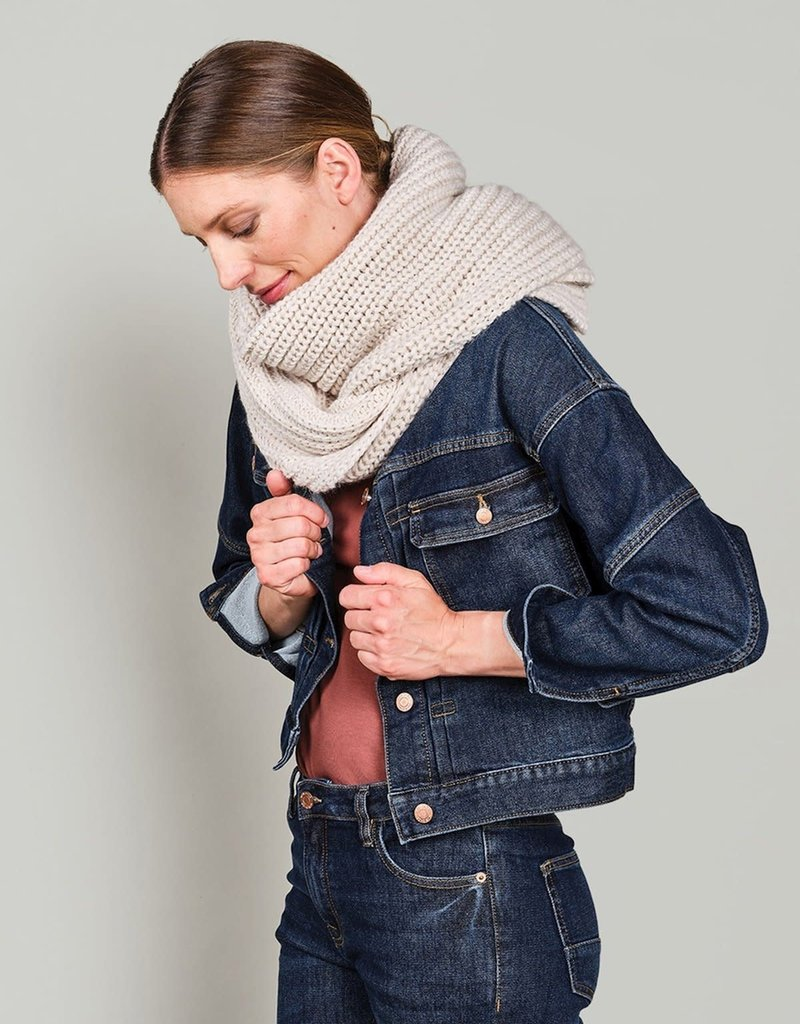 Summum Woman 8s758-7837 Scarf chunky melange knit ivory Summum