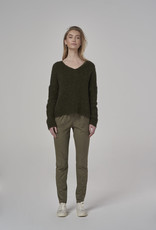 Simple Sweater Khaki  2520 Sascha V-neck Simple